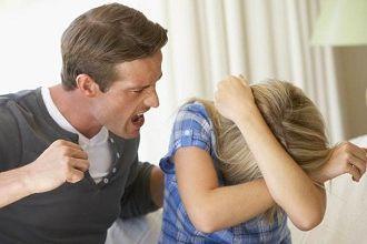 Отказ от отцовства освобождает от алиментов или нет