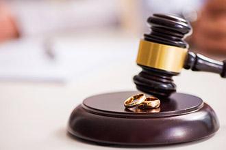 Какой судья разводт
